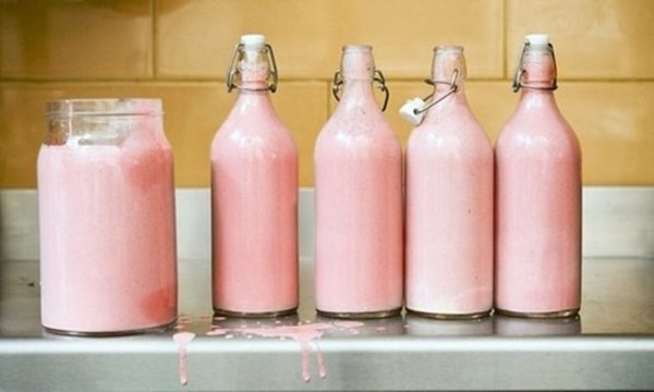 Розовое молоко зебры